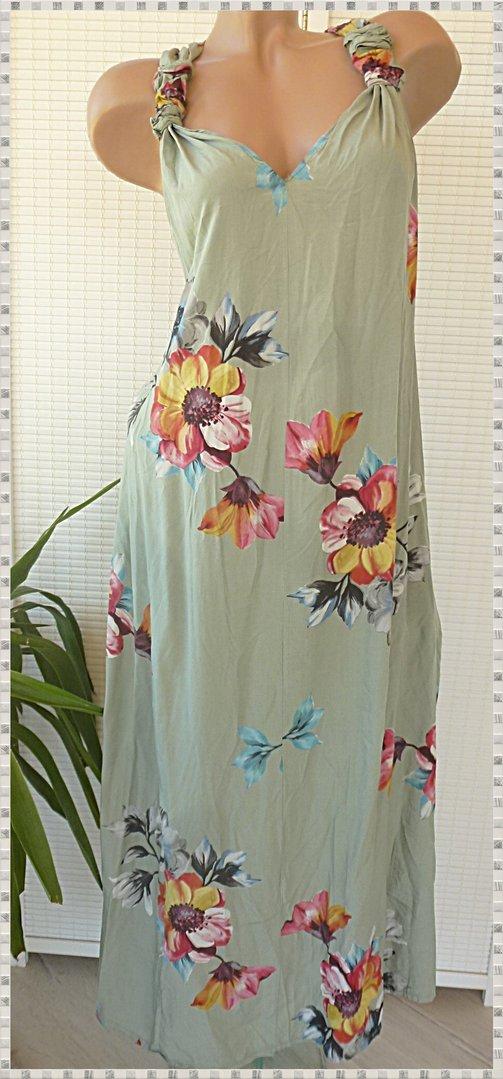 40 42 44 schönes Kleid mit Blumen Hängerchen Taschen ...
